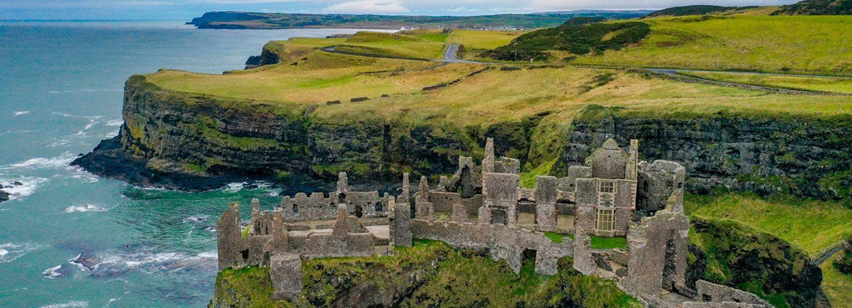 Dunluce Castle a vista de dron