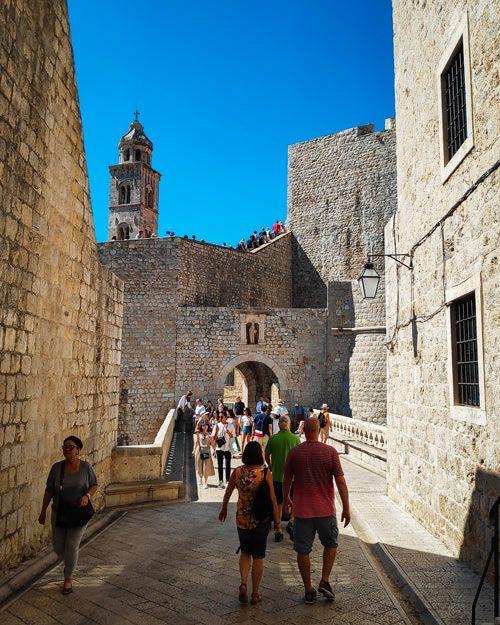 Una de las entradas al casco antiguo de Dubrovnik