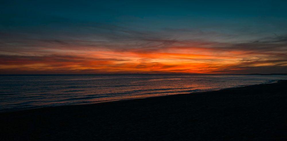 La puesta de Sol en la playa de son bou