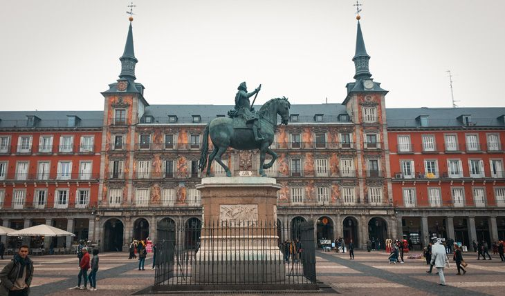 La Plaza Mayor es uno de los 10 lugares gratis e imprescindibles de Madrid