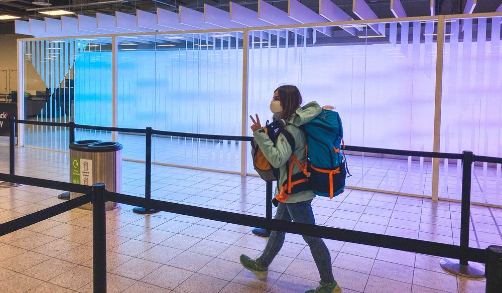 No facturar maleta en el avión es un consejo muy útil para viajar a Islandia barato