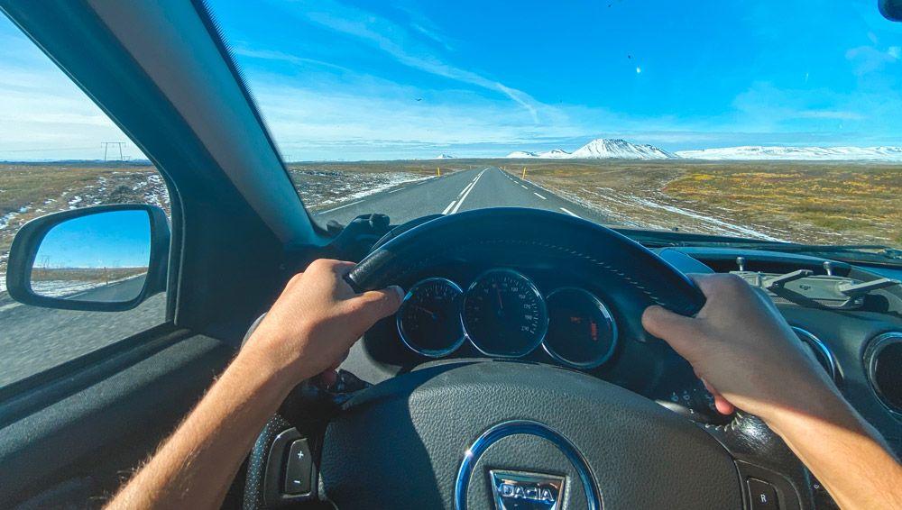 moverse por Islandia con un dacia duster