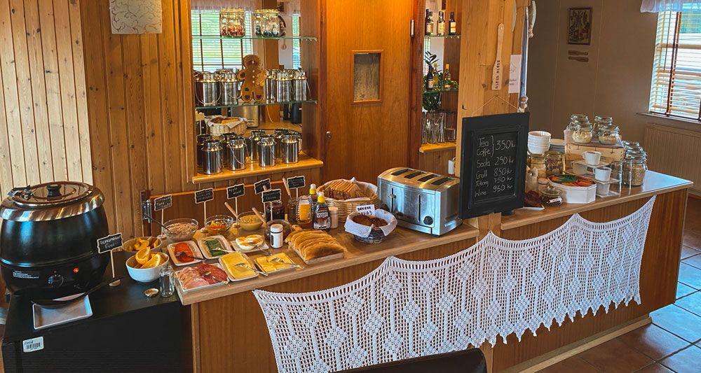 El guesthouse ya es el mejor tipo de alojamiento en islandia solo por sus desayunos