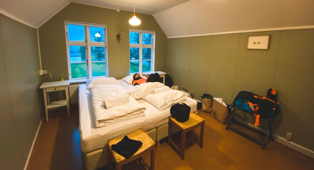 Interior de un guesthouse de Islandia
