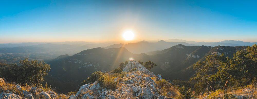 Posta de sol al Santuari de Mare de Deu de Mont